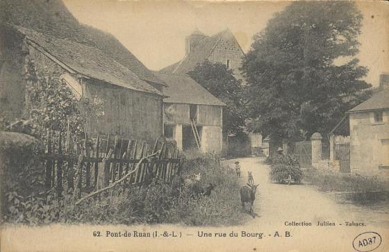 Pont-de-Ruan - Une rue du bourg